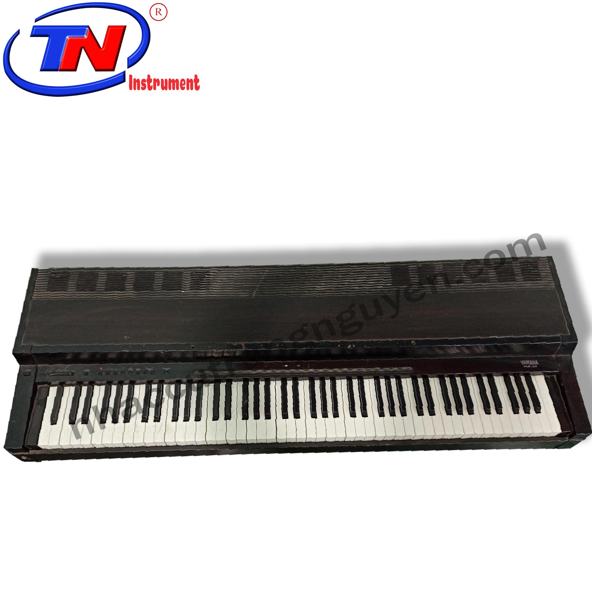 Đàn Piano điện Yamaha CLP - 30 thanh lý giá tốt